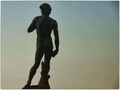 statue47